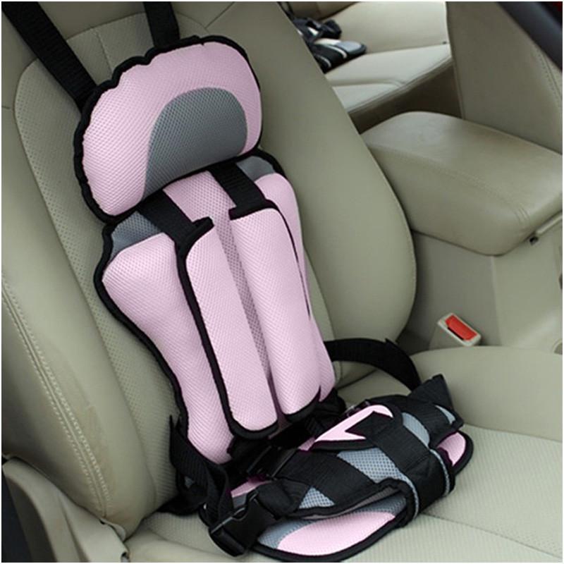 Le siège auto pour Enfant 2-8ans