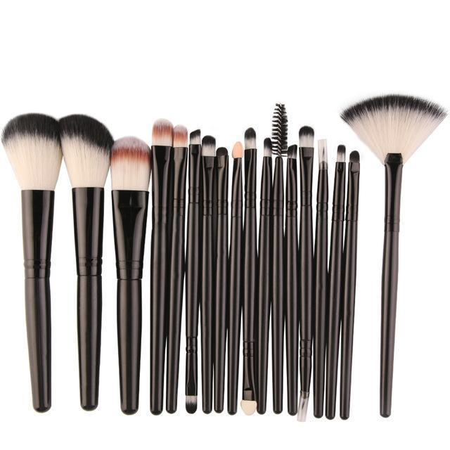 Lot de 18 brosses de maquillage