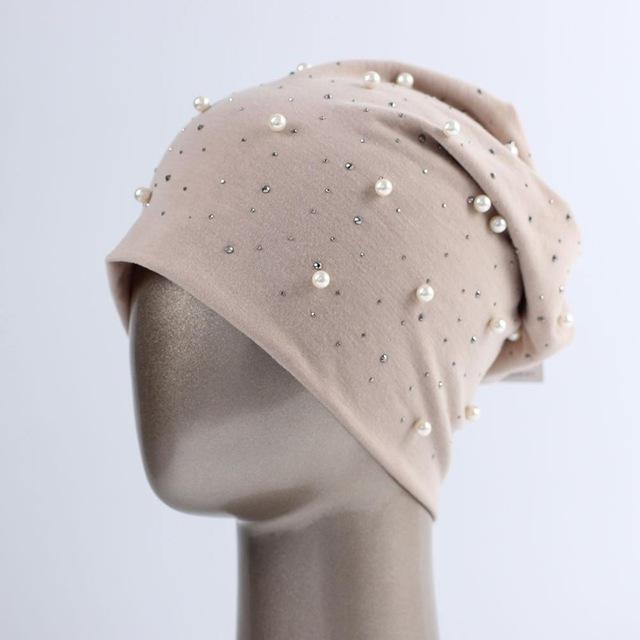 Bonnet avec perles et strass pour femmes