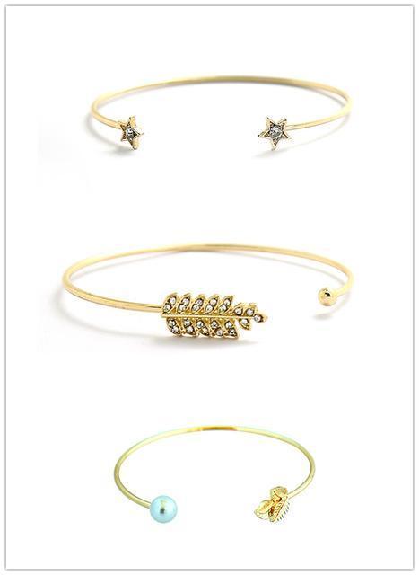 Joli bracelet à motifs divers