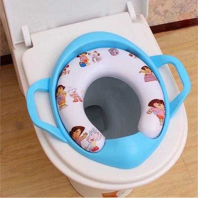 Réducteur de toilette avec poignées