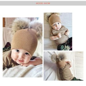 Joli bonnet bébé à double pompon