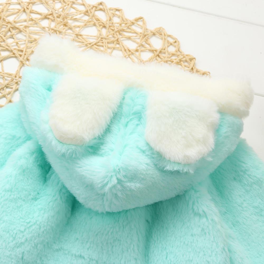 Joli manteau lapin à capuchon