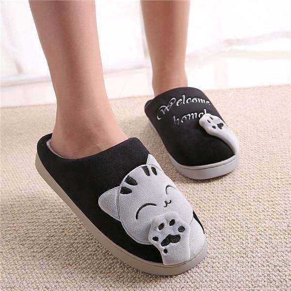 Magnifiques pantoufles à motif chat