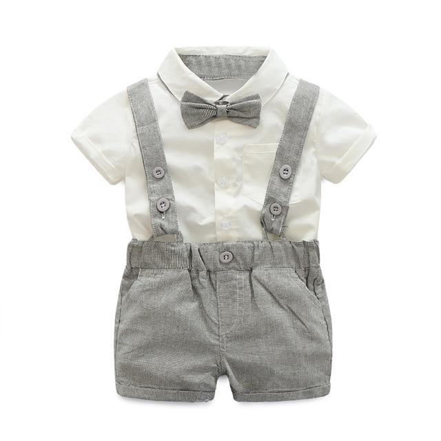 Cute ensemble salopette bébé