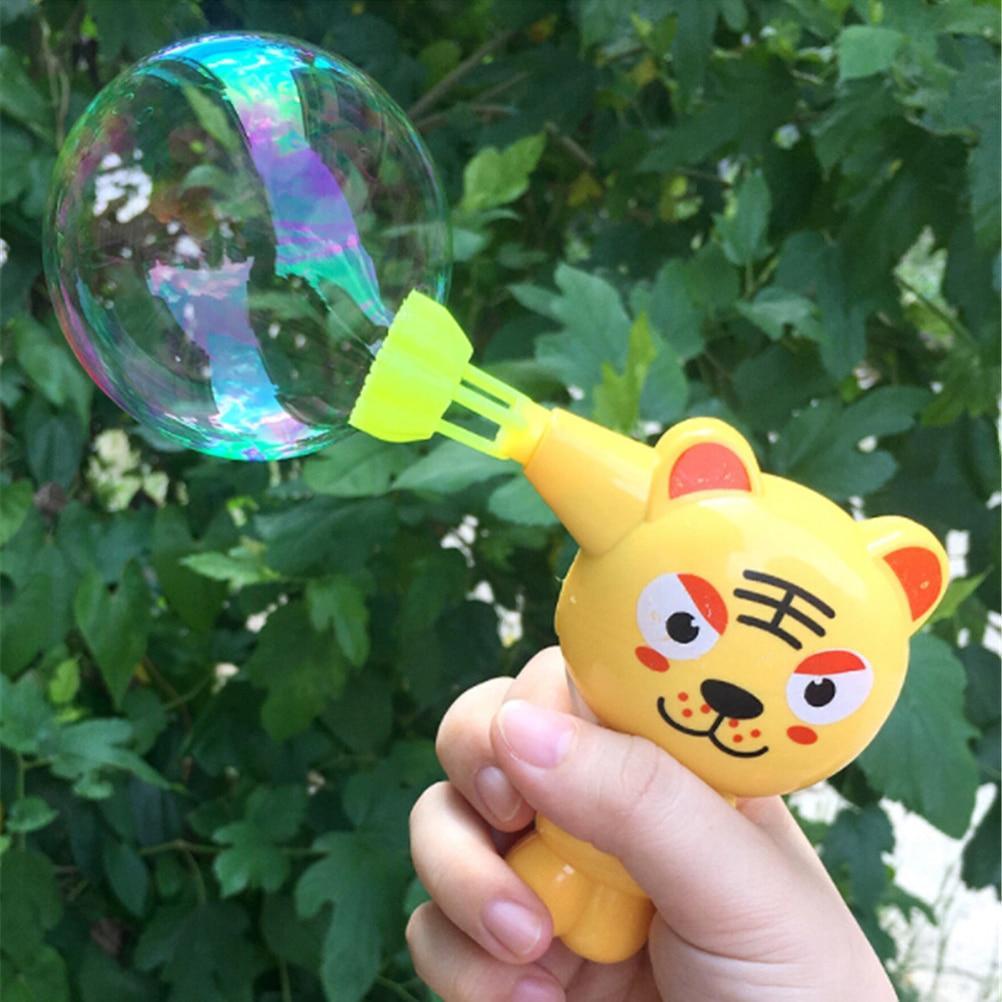 Pistolet à bulles de savon