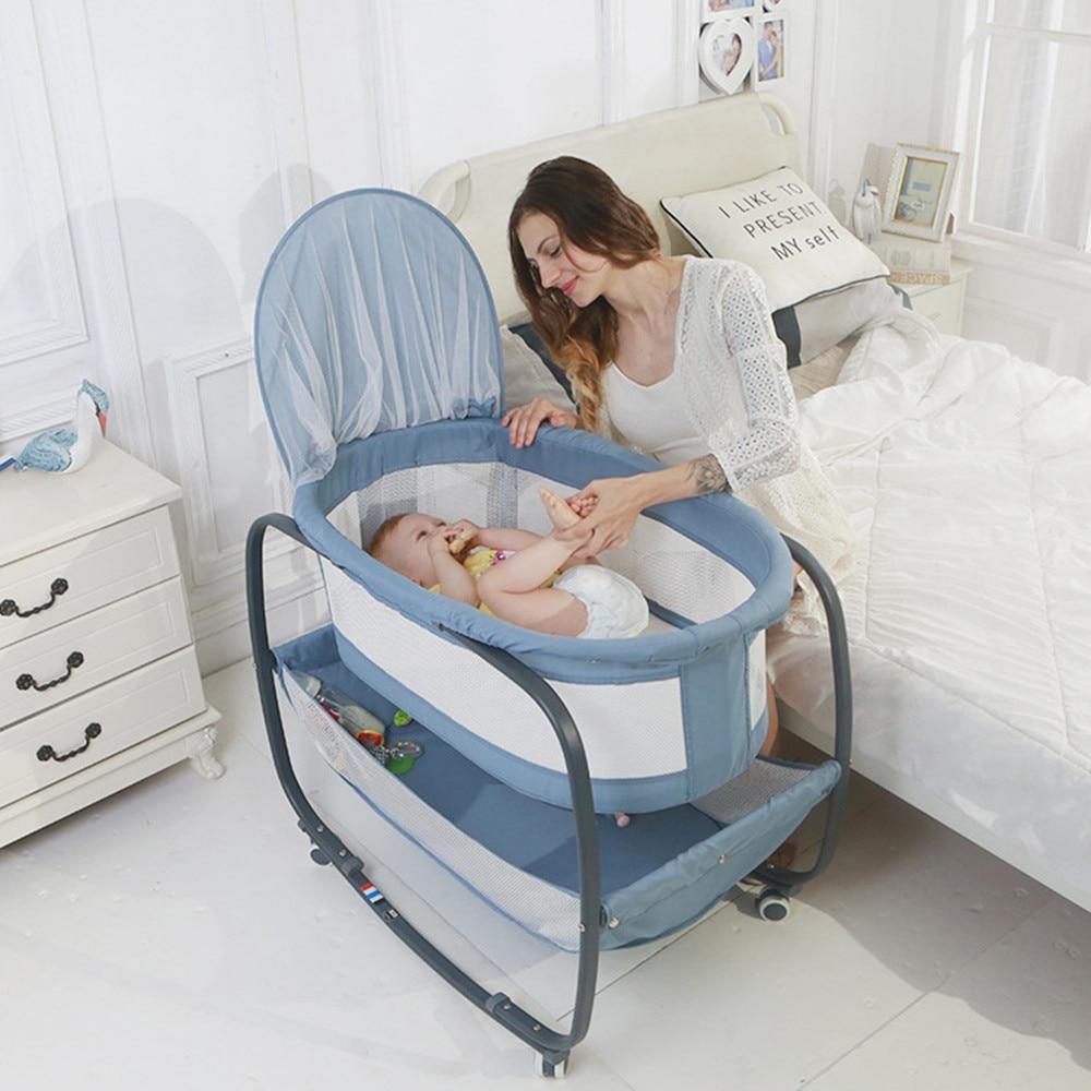 Lit Bébé Avec Moustiquaire & Roulette
